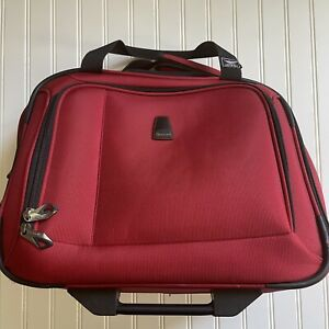 Delsey Paris Red Roller Suitcase Carry On Travel Bag