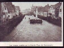 1919  --  TROUPES MASSEES UR LA GRAND PLACE DE DANNEMARIE  W995