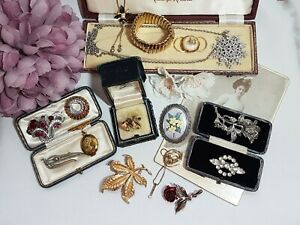 GORGEOUS JOB LOT HIGH END SIGNED VINTAGE COSTUME JEWELLERY #4
