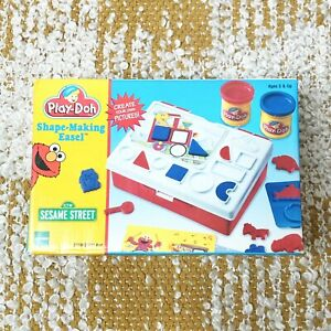 VTG Sesame Street Play Doh Shape Making Easel Set 22199 Hasbro 1998 NIB 3 & Up