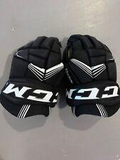Ccm Youth Tacks 3092 Hockey Gloves, Size 10� Black/White Euc
