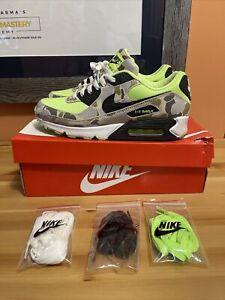 Nike Air Max 90 Ghost Green Camo Size 9 Duck Camo CW4039-300 Sneakers CAMO Green
