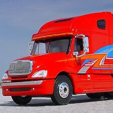 LAST RARE - FREIGHTLINER COLUMBIA SHOW TRUCK - Tonkin First Gear MTH LIONEL