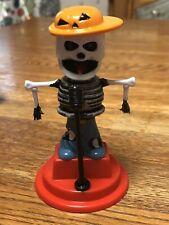 Solar Powered Dancing Toy Bobblehead New 2019-  HALLOWEEN - Singer Skeleton