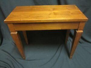 Vintage Conn Organ Bench w/flip top seat  A+ Condition