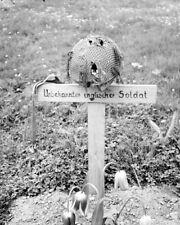 """Grave of a British Airborne Soldier KIA 8""""x 10"""" World War II WW2 Photo 628"""