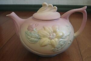 ANTIQUE HULL ART TEAPOT