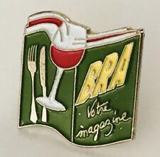 BRA Votre Magazine Red Wine Dining Alcohol Pin Badge Brooch Vintage (C5)