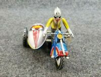 VINTAGE TIN LITHO WINDUP TOY MOTORCYCLE W/SIDECAR WORKS