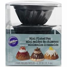 Wilton Baking Molds