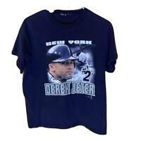 Vintage Derek Jeter New York Yankees Graphic T Shirt Size S 2002 MLB