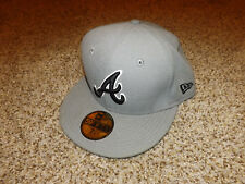 NWT MLB Atlanta Brave Baseball Hat Cap Fitted 7 1/4 Gray New Era