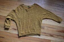 NWOT Tresics Gold Knit Raglan Sweater