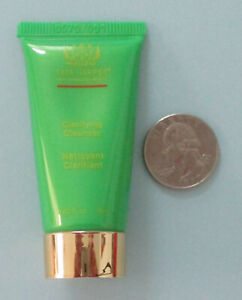 Tata Harper Clarifying Cleanser Trial/Mini Size .5 fl oz / 15 ml