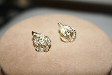 Pretty Pear Shaped  Solid 14K Yellow Gold Natural Diamond Cluster Stud Earrings