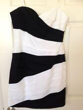 BCBG Dress Size 10 Black and White Form-Fitting