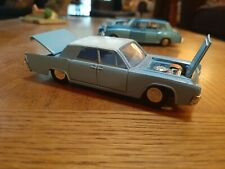 Dink Toys Lincoln Continental 170 Blue & White Die Cast England Meccano