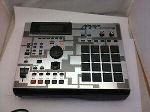 AKAI MPC2000XL MIDI Production Center Very Nice