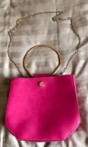 M & S ~ HOT PINK FAUX LEATHER TOTE GRAB BAG / SHOULDER BAG ~ CHAIN & ONE HANDLE