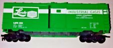 LIFE-LIKE 40' BOXCAR - LINDE INDUSTRIAL CASES - HO SCALE - CLEAN AND GOOD - NICE
