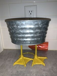"Candy Serving Metal Bowl Decor Chicken Duck Metal Feet Spring Easter Decor 8"""
