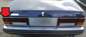 81 to 98 ROLLS ROYCE SILVER SPUR SPIRIT LEFT TAIL LIGHT OUTER ON BODY 1