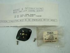 Arrow Hart Midget locking outlet flanged 15A 125V 2P 3W 7596N