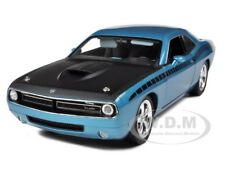 PLYMOUTH CUDA CONCEPT B5 BLUE 6.1 HEMI 1:18 MODEL CAR BY HIGHWAY 61 50826