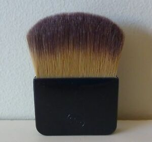 CHANEL Blush / Bronzer Brush, travel size, Brand New!