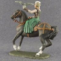 Woman with Falcon Medieval Girl 1/32 Painted Female Metal Toy Soldiers 54mm