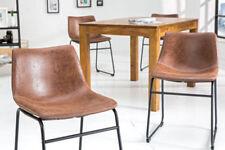 Stühle aus Stoff als Reproduktion