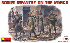 MINIART 1/35 SOVIET INFANTRY ON THE MARCH PLASTIC MODEL KIT MA35002