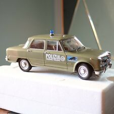 Alfa romeo Giulia Polizia minichamps 1/18
