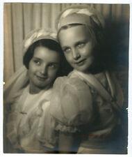 Photographie beau portrait signé de jeunes filles  1937 photo