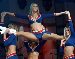 "New England Patriots NFL Football Cheerleader 8""x 10"" Photo 3"