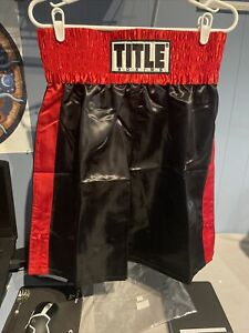 Title Boxing Trunks - Black/Red