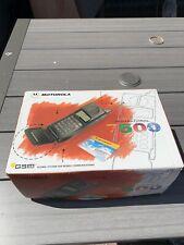 VINTAGE MOTOROLA FLIP PHONE - INTERNAT 7500 - IN ORIGINAL BOX AND PACKAGING
