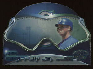2000 Pacific Reflections #17 Ken Griffey Jr.