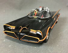 New Jada Classic TV Series 1966 Batman Batmobile 1/24 DieCast Car 98259 Black