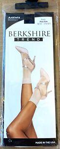 BERKSHIRE Trend Shimmers Anklets Socks Plus Size Shoe Size 9-12 BlackStyle 5216