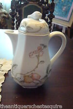 Heinrich Germany Villeroy and Bosch coffee pot, Fruit Garden Pattern[6a]