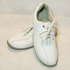 Clarks Walking Shoe Sneaker White Leather Lace Up Reflector Strips Sz 11