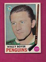 1969-70 TOPPS # 118 PENGUINS WALLY BOYER NRMT+  CARD (INV#3990)