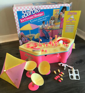 VINTAGE 1989 BARBIE ICE CREAM SHOPPE # 3653 Set INCOMPLETE