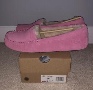 NWT UGG Size 10 Scalloped Moccasin Slipper Loafer WLD Pink