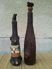 Antiche bottiglie in vetro e legno arte pop , art deco