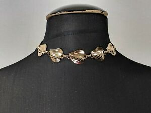 Lovely Vintage Gold tone Leaf  Link Necklace - Choker by Coro Jewellery
