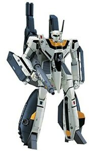 Hasegawa Macross 1/72 Scale VF-1S Strike Battroid Valkyrie Plastic mode kit