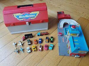 "Micro Machines ""Super City"" und ""Service City"" Play Sets + 16 Autos (1989)"