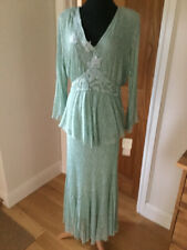 Beautiful NEW Green Lace Outfit Size 16